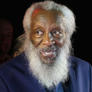 Dick Gregory Obituary Photo