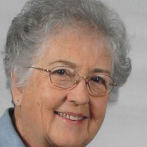 Mary M. Axon Obituary Photo