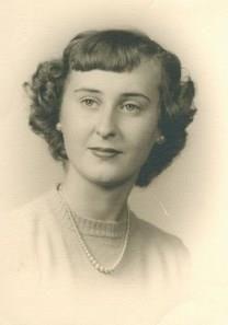 Faye S. Dams obituary photo