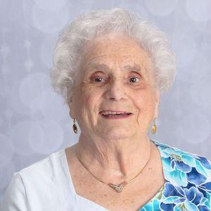 Betty Gill Obituary Photo