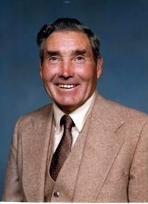 Lyle E. Pierson obituary photo