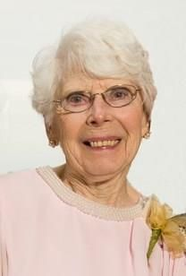 Elaine Laverne LINN� obituary photo