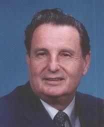 Murray Guttman obituary photo
