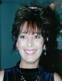 Kathy Taylor Lewis obituary photo