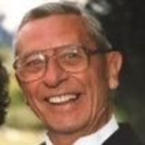 William L. Lorenz Obituary Photo