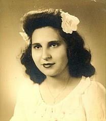 Effie Pappas Comninos obituary photo