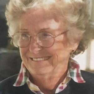 Helen Colburn Obituary Photo