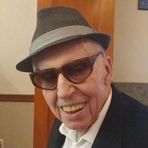 Robert James Lowes Obituary Photo