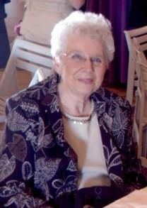Beatrice Jean Young obituary photo