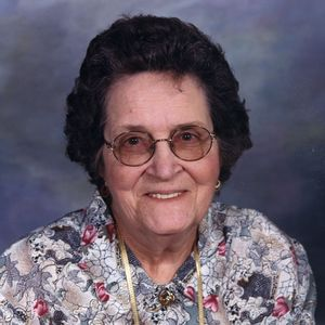 Helen Louise Warlick Taylor Obituary Photo