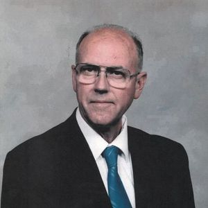 Don A. Helgevold Obituary Photo