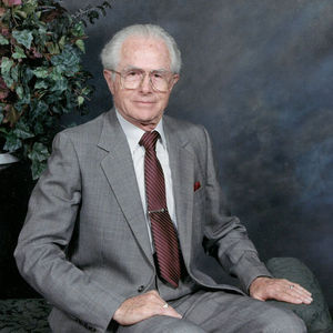 Winston  Remi  Maxwell