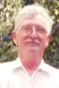 Lee Hamilton Barry obituary photo