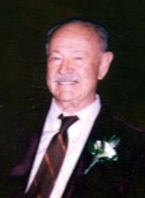 Leo L. Schmit obituary photo