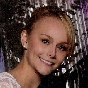 Sydney Loofe Obituary Photo