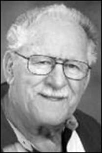 Emile Hurt Doucette obituary photo