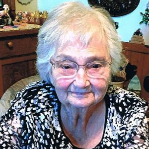 Mrs. Mary  Lou (Lanz) Knoetzel Obituary Photo