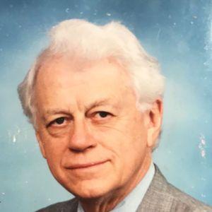 Dr. Robert  Gary Mann, M.D., FAAFP