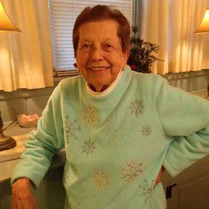 Catherine Schneider McHugh Obituary Photo