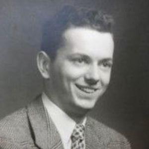 """William W. """"Bill"""" Russell Obituary Photo"""