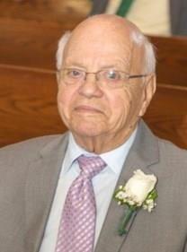 Armand J. Gendreau obituary photo