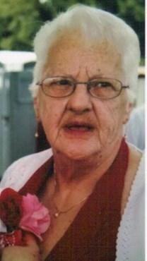 Virginia May Knee obituary photo