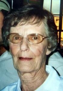 Bette Eunice Auerbach obituary photo
