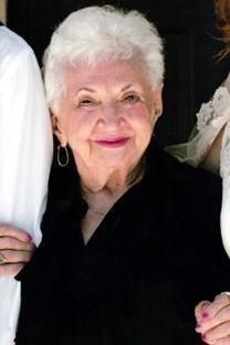 Marie Loiacono Magro obituary photo
