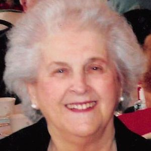 Evelyn B. Mahoney Obituary Photo