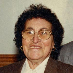 Arminda (das Neves) Correia Obituary Photo
