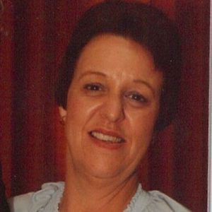Lois (nee Crowell) Elliott Obituary Photo