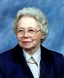 Julia Grady McQueen obituary photo