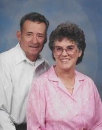 Lynnette Minnie BURGESS obituary photo