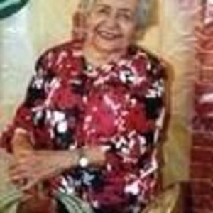 Paula R. Islas