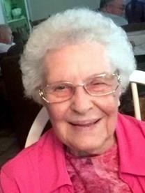 Dorothy Marie Arnold obituary photo