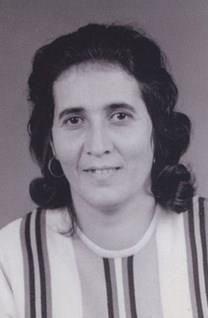 Maria M. Santos obituary photo