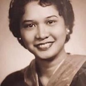 Esther G. Espiritu