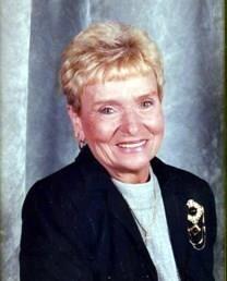 Evelyn Joyce Edwards obituary photo