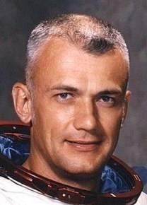 Bruce McCandless II obituary photo