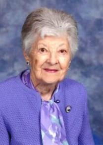 Daphne Madeline Vaughan obituary photo
