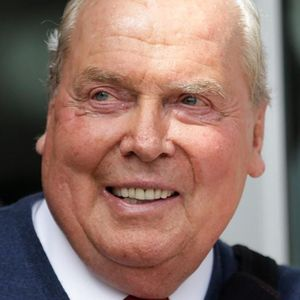 Jon Huntsman, Sr. Obituary Photo