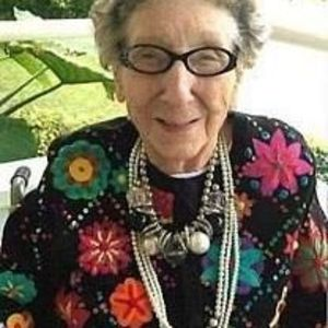 Dorothy Evelyn Crossley