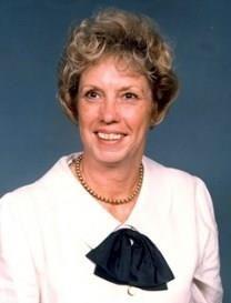 Fanelle Barnes Hennessy obituary photo