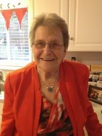 Dana Jeunea McKenzie obituary photo