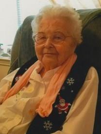 Irene Helmers Willis obituary photo