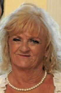 Eve Suttoon obituary photo