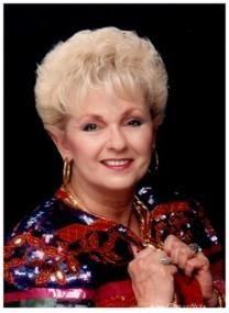 Elaine Schiefelbein obituary photo