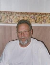 Guy Harvey Woodward obituary photo