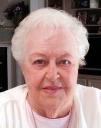Bessie Reus obituary photo