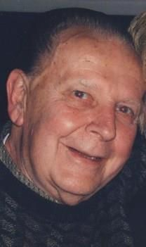 Edward J. Pavlick obituary photo